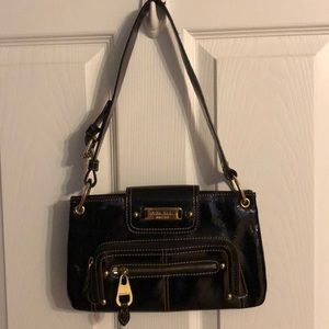 Nine West black and gold purse